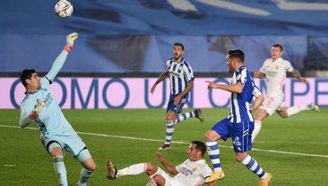 «Реал» уступил «Алавесу», продлив серию без побед влалиге дотрех матчей