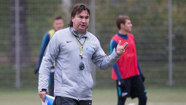 Радченко— опричинах поражения Зенита: «Все сейчас экономят, сидят исчитают каждую копейку»