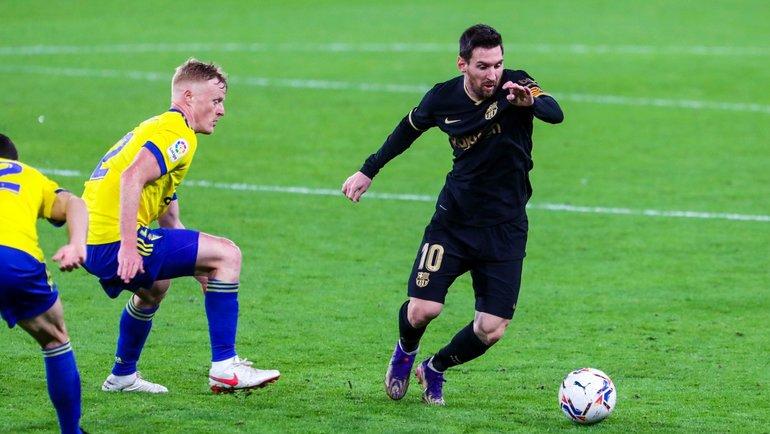 5декабря. «Кадис»— «Барселона»— 1:2. Лионель Месси смячом. Фото Twitter