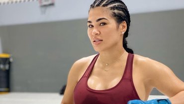 Самая красивая девушка UFC уволена излиги