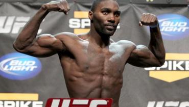 Один изсамых опасных панчеров вистории UFC стал бойцом Bellator