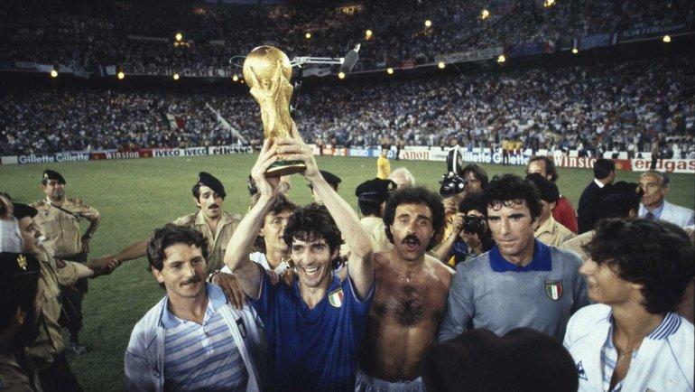 1982 год. Паоло Росси скубкомЧМ. Фото Twitter