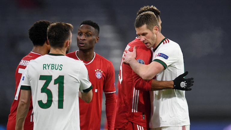 9декабря. Мюнхен. «Бавария»— «Локомотив»— 2:0. Слободан Райкович (справа). Фото Reuters