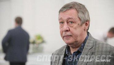 Ефремов извинился перед адвокатом Добровинским заоскорбления всуде
