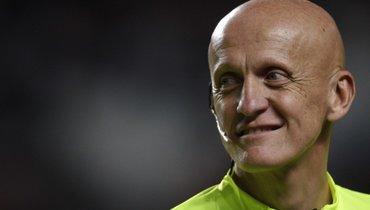 Коллина назван лучшим арбитром вистории поверсии France Football