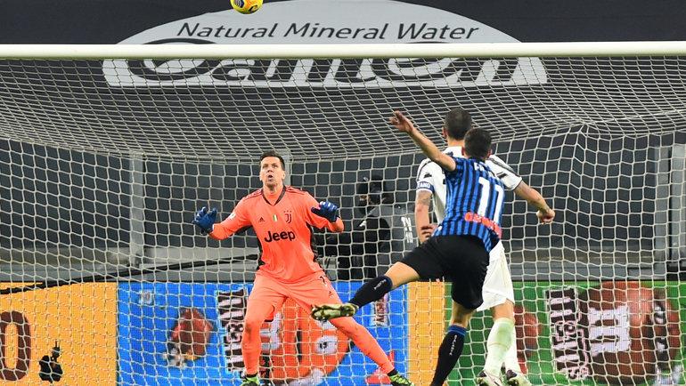 16декабря. Турин. «Ювентус»— «Аталанта»— 1:1. Гол Ремо Фройлера. Фото Reuters