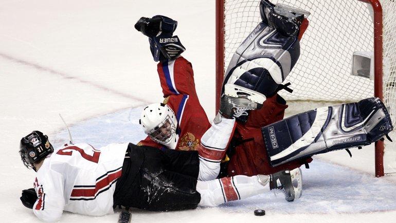 5января 2006 года. Ванкувер. Россия— Канада— 0:5. Автор дубля Майк Бланден иАнтон Худобин. Фото Reuters