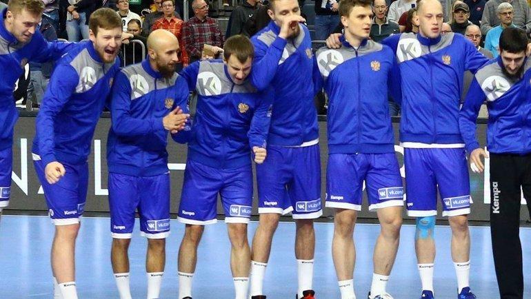 Мужская сборная России по гандболу.
