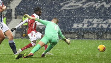 Дубль Ляказетта помог «Арсеналу» разгромить «Вест Бромвич»