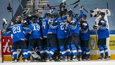6января. Эдмонтон. Финляндия— Россия— 4:1. Суоми празднуют бронзу.