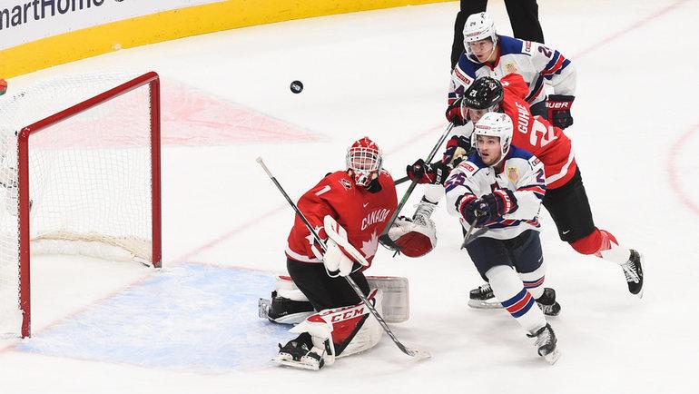 6января. Эдмонтон. Канада— США— 0:2. Американцы атакуют ворота соперника. Фото IIHF
