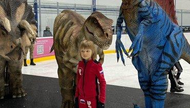 Гнома Гномыча поздравили сднем рождения трансформеры, Черепашки-ниндзя идинозавры