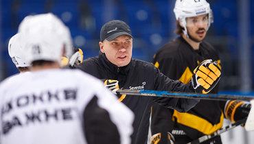 Главный тренер «Северстали» Разин обратился кроссийским СМИ
