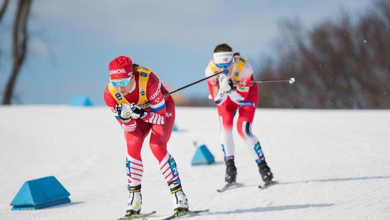 Наталья Непряева (слева). Фото AFP