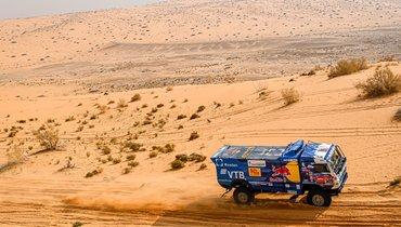 Экипажи «КАМАЗа» заняли первые три места навтором подряд этапе «Дакара»