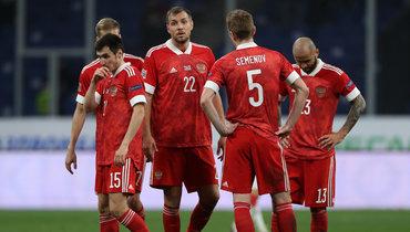 Вячеслав Караваев, Артем Дзюба, Андрей Семенов иФедор Кудряшов (слева направо).