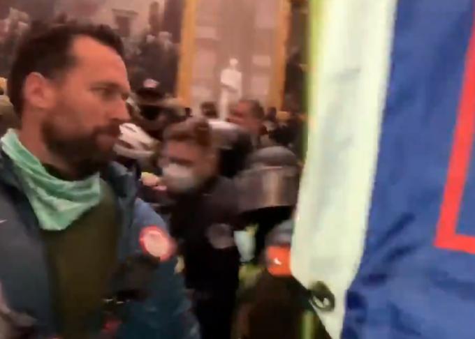 Предположительно Клит Келлер в толпе, ворвавшейся в Капитолий. Фото Twitter