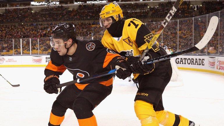 Иван Проворов (слева) против Евгения Малкина. Фото nhl.com