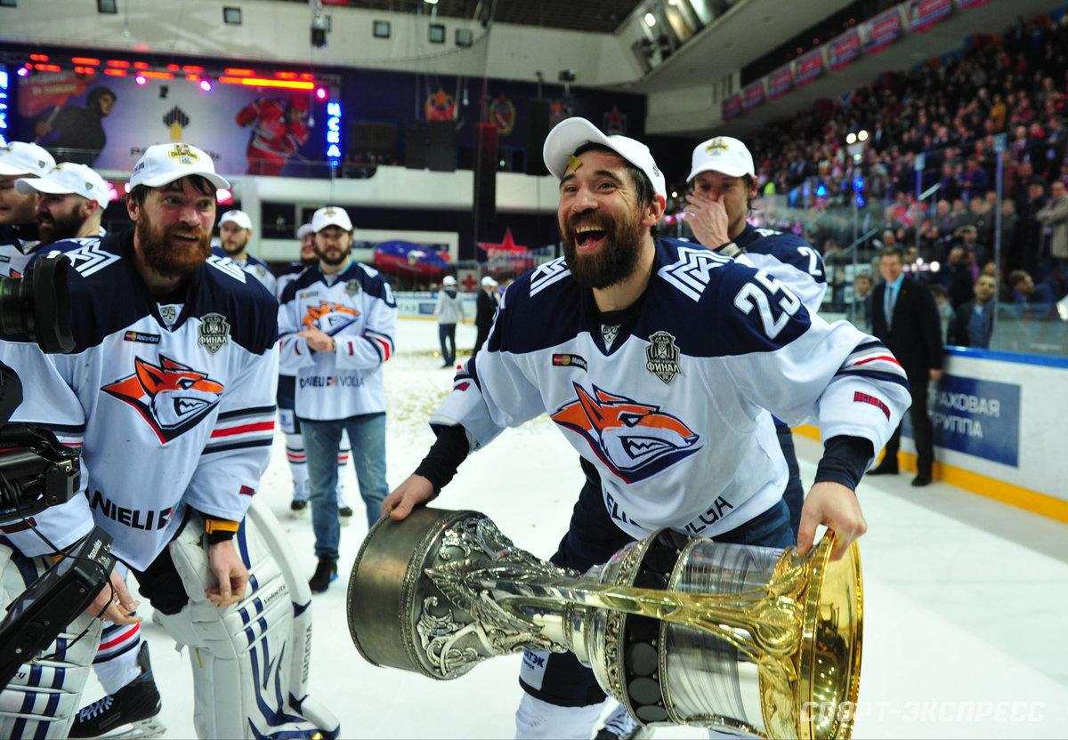 «Хоккей уже нетот, что раньше. Непонимаю, как его смотрят». Легенда КХЛ Зарипов— осовременной игре, пяти кубках ижизненных идеалах