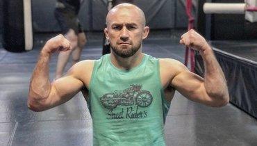 «Подтягиваюсь 60-65 раз. Былабы цель сделать 150— сделал бы». Али Багаутинов— о «физухе», UFC, Мирзаеве иХаритонове