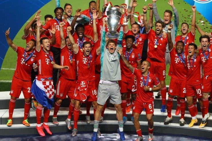 Игроки «Баварии» скубком Лиги чемпионов. Фото Twitter