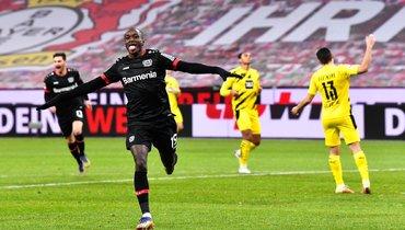 «Байер» переиграл дортмундскую «Боруссию»