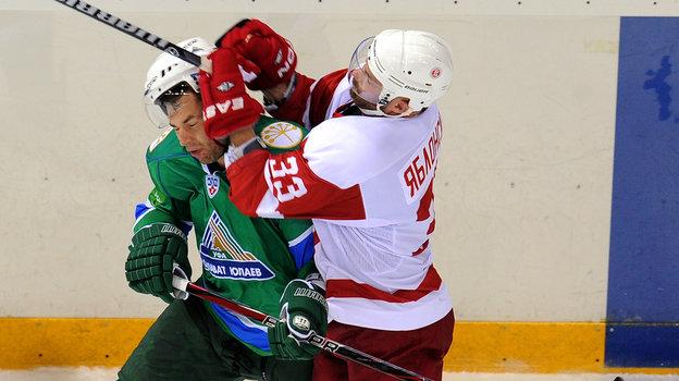 Джереми Яблонски (справа). Фото photo.khl.ru