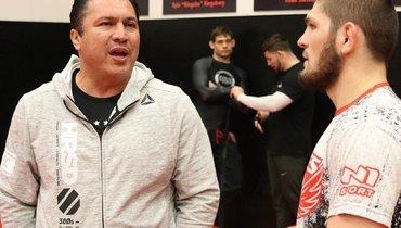 Тренер Хабиба считает, что Нурмагомедов сумелбы освоить боксерскую технику науровне Мейвезера