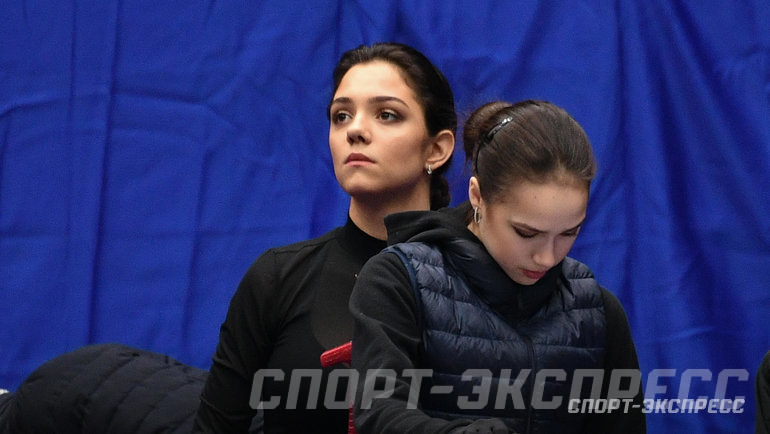 """Евгения Медведева иАлина Загитова. Фото Дарья Исаева, """"СЭ"""""""