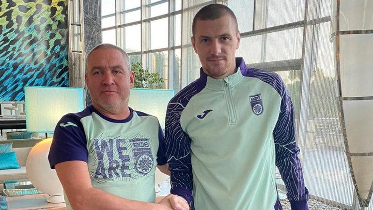 Олег Иванов (справа). Фото ФК «Уфа».