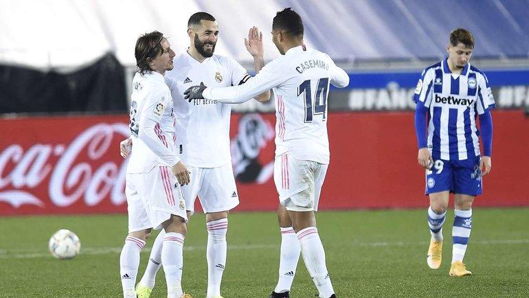 23января. «Алавес»— «Реал» (1:4). Бензема отмечает второй забитый гол. Фото AFP