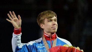 Елистратов победил вмногоборье начемпионате Европы пошорт-треку
