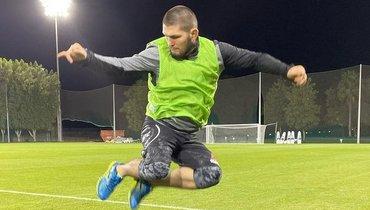 «Жду предложений». Хабиб захотел вбольшой футбол— внем онразбирается нехуже, чем вММА