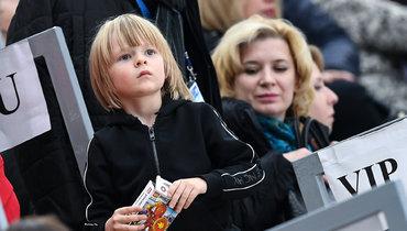 Сын Плющенко заявил, что будет копить на «Гелендваген»