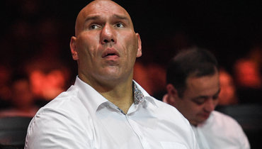 Валуев отреагировал нарешение провестиЧМ похоккею только вЛатвии