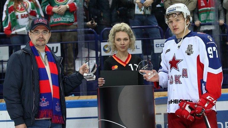 Михаил Федоров (слева) иКирилл Капризов (справа). Фото Фото Андрей Голованов, photo.khl.ru