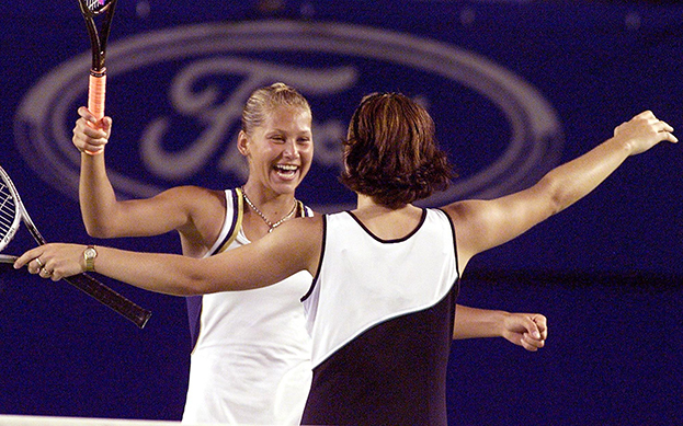 1999 год. Анна Курникова иМартина Хингис. Фото AFP