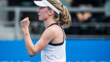 Александрова уступила Канепи вполуфинале турнира вМельбурне