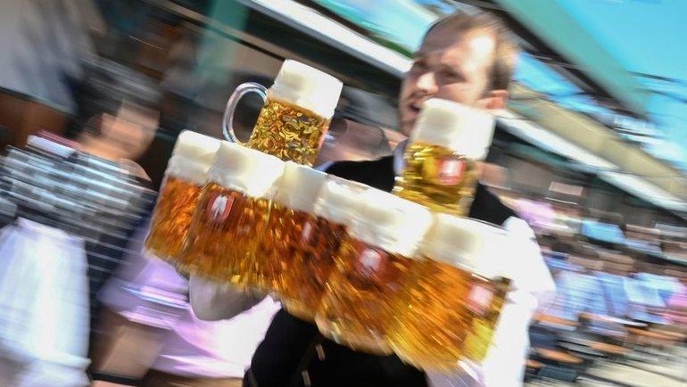 Регулярное употребление пива наносит серьезный ущерб здоровью. Фото AFP