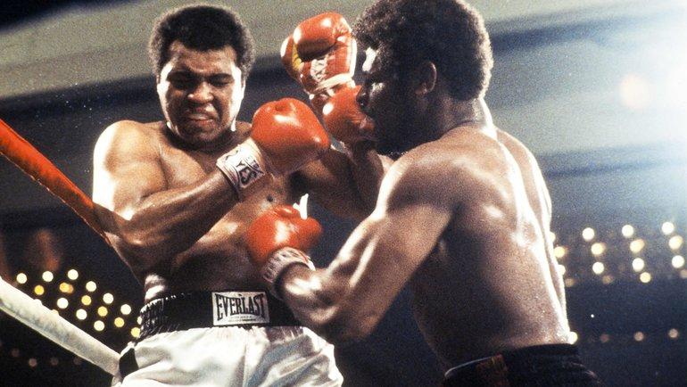15февраля 1978 года. Лас-Вегас. Леон Спинкс (справа) против Мохаммеда Али. Фото AFP