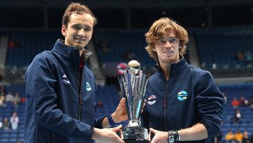 Тарпищев назвал Медведева иРублева вчисле фаворитов Australian Open