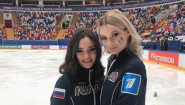 Евгения Медведева иАнастасия Скопцова.