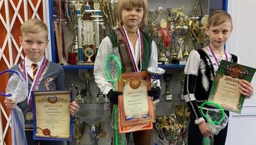 Плющенко-младший выиграл юношеский турнир