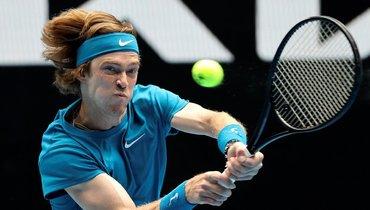 Рублев заполтора часа обыграл Лопеса ипробился вчетвертый круг Australian Open