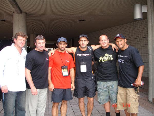 Слева направо: Вадим Финкельштейн, Владимир Воронов, Амар Сулоев, Арман Гамбарян, Федор Емельяненко, Дэн Хендерсон.