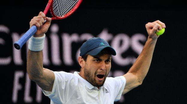 Карацев зажег вАвстралии. Как выглядит ичто постит новая звезда российского тенниса
