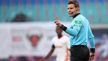 Брых признан лучшим футбольным арбитром XXI века, Кашшаи— 15-й