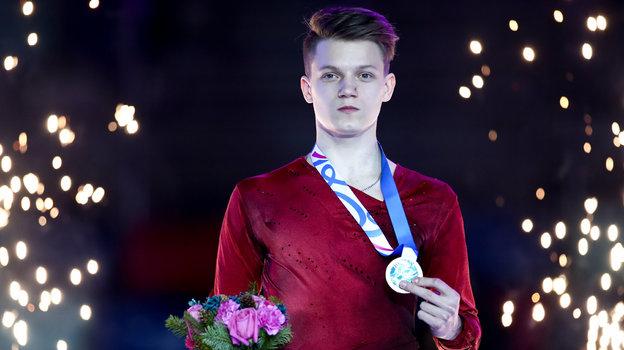 Фигурное катание: Евгений Семененко, интервью. Как лучший российский юниор едва нестал легкоатлетом