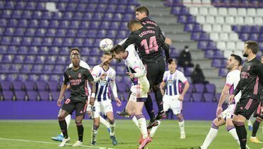 Гол Каземиру принес «Реалу» победу над «Вальядолидом»