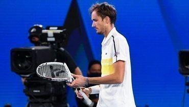 Разбитая мечта. Медведев уступил Джоковичу вфинале Australian Open